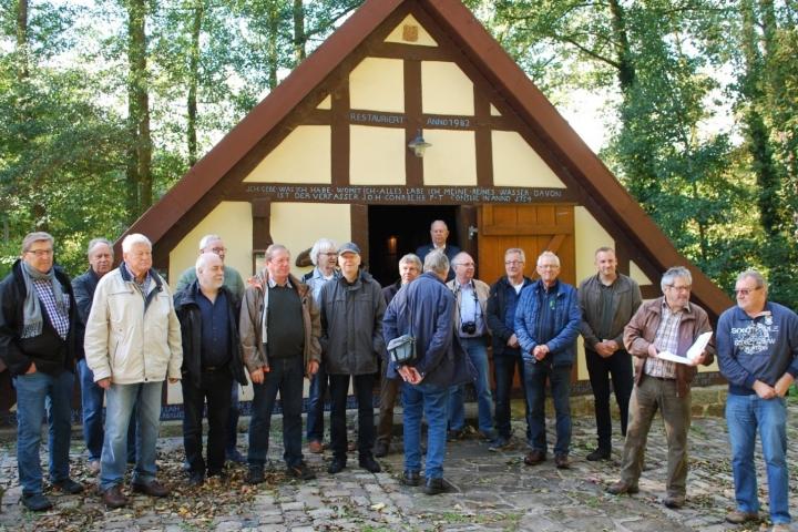 Männerkompanie erkundet Wasserkunst in Landau